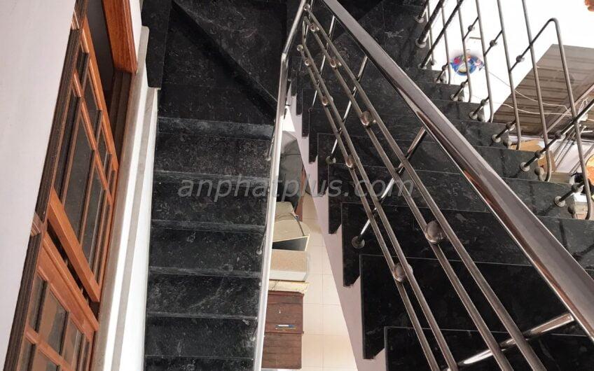 Nhà 2,5 tầng kiệt ô tô 152 Phan Thanh, cách ĐH Duy Tân 100 m